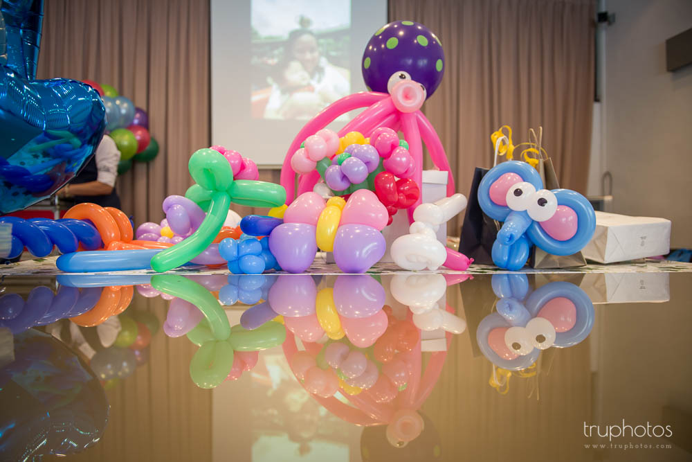 Beautiful balloon sculpting done by Tommy K.
