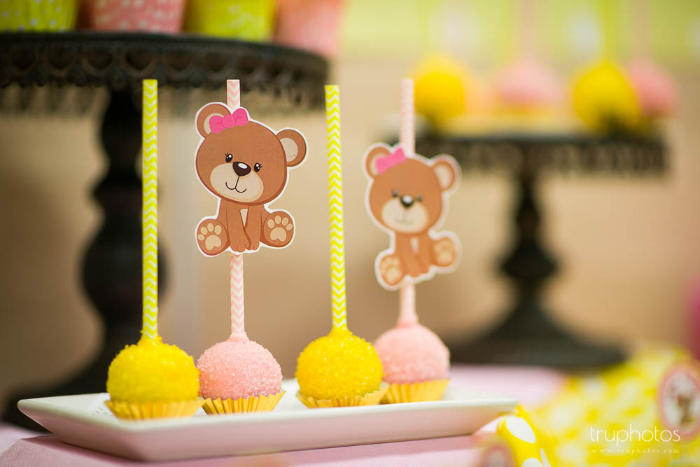 Cute little cake pops with teddy bear toppers