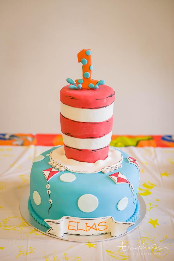 Dr Seuss theme birthday cake